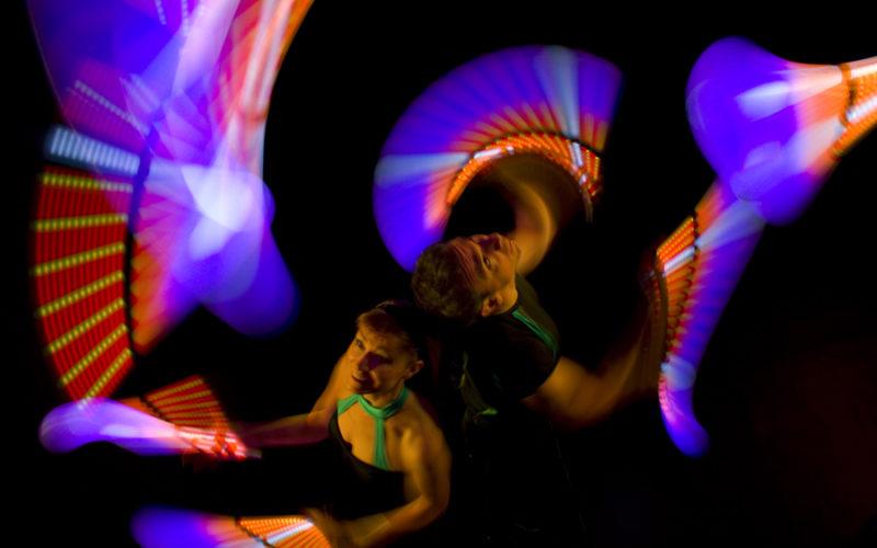 Flux - LED glow juggling show