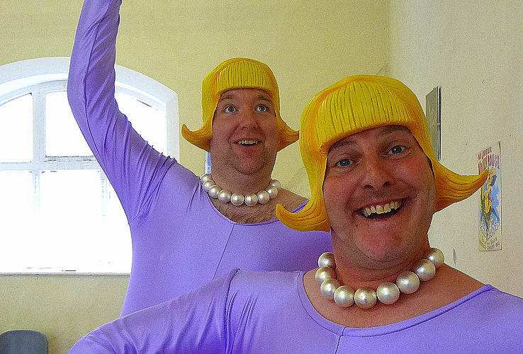 Ballerinas - Comedy walkabout characters