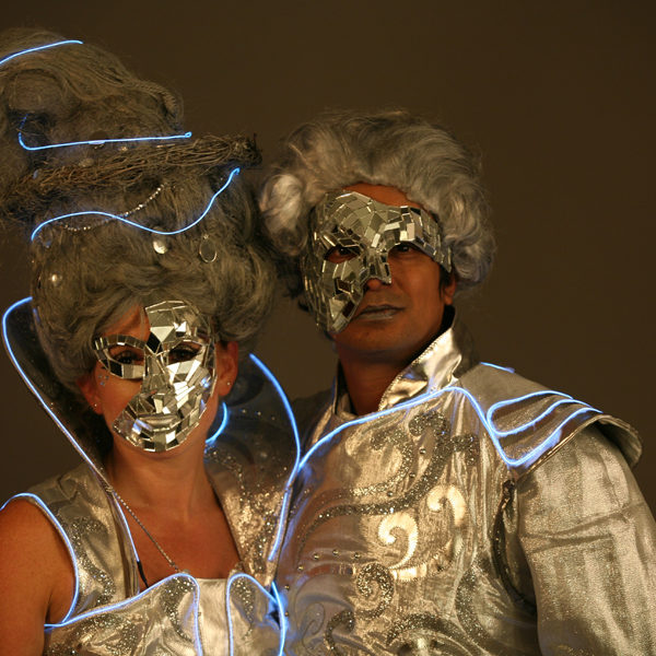 Royal Argenta - Stilt walkers