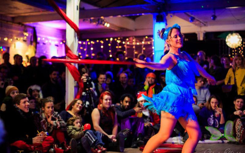 Hoop Swing - 1930's inspired hula hoop act