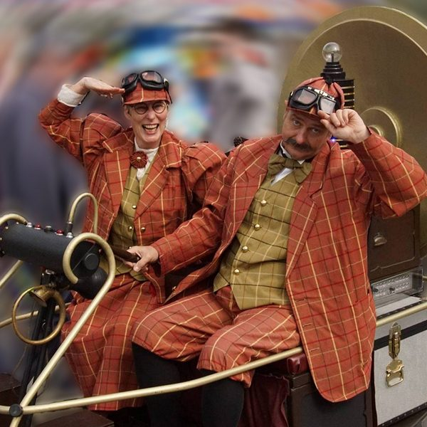 Time Travelling Victorians - Comedy glide-about time travellers